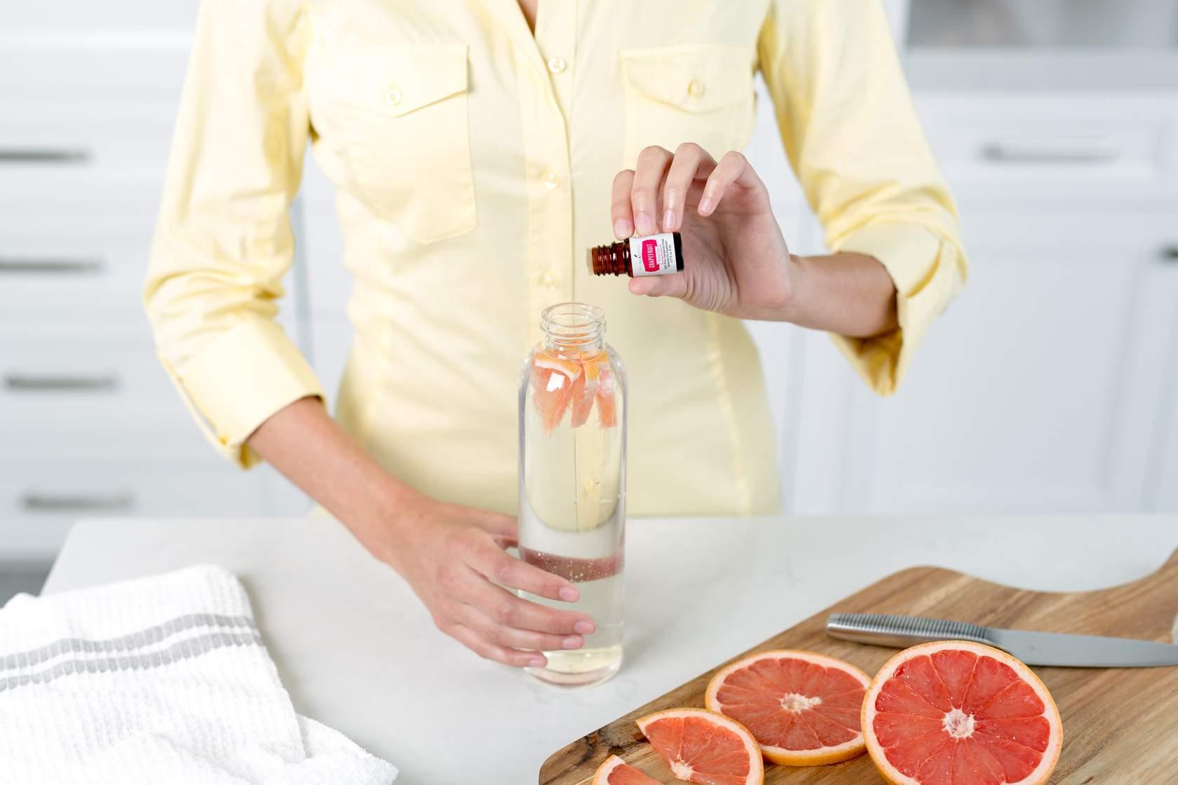 Aceite esencial Pomelo Vitality en agua